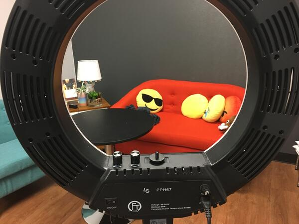 Ring light for live video